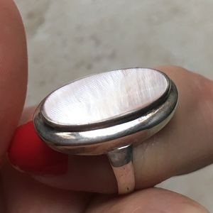 Sterling Silver Ring Mother of Pearl